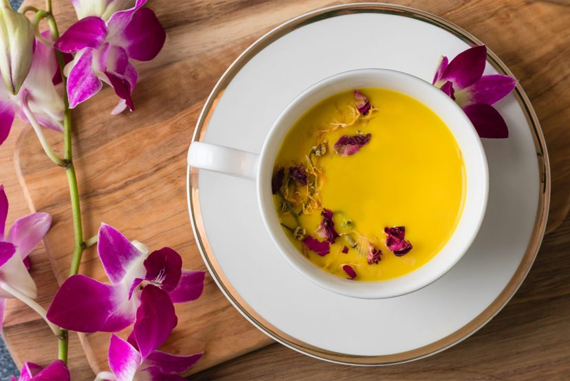 Try this Soothing Golden Milk recipe made with Truvani Daily Turmeric Tabs